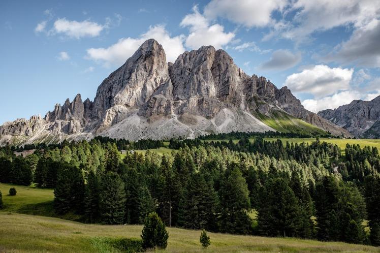 alpine-1845947_1280