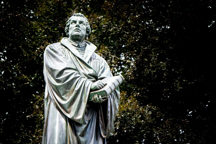 martin-luther-2558663_1920